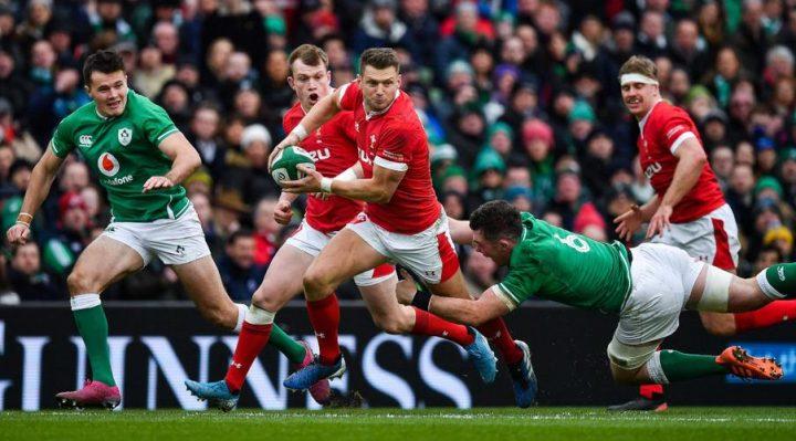 Dan Biggar ayuda a Gales a jugar contra Francia