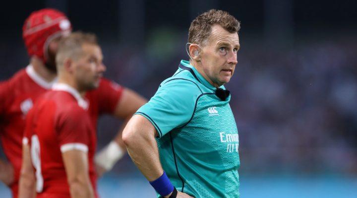 Además de Nigel, otro árbitro de clase mundial también decidió no retirarse.